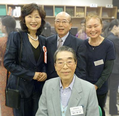 馬越先生、吉田厚・洋子ご夫妻、藤井元常務理事